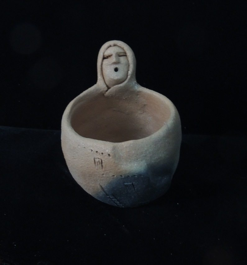 Blanketed Elder Pueblo Mug