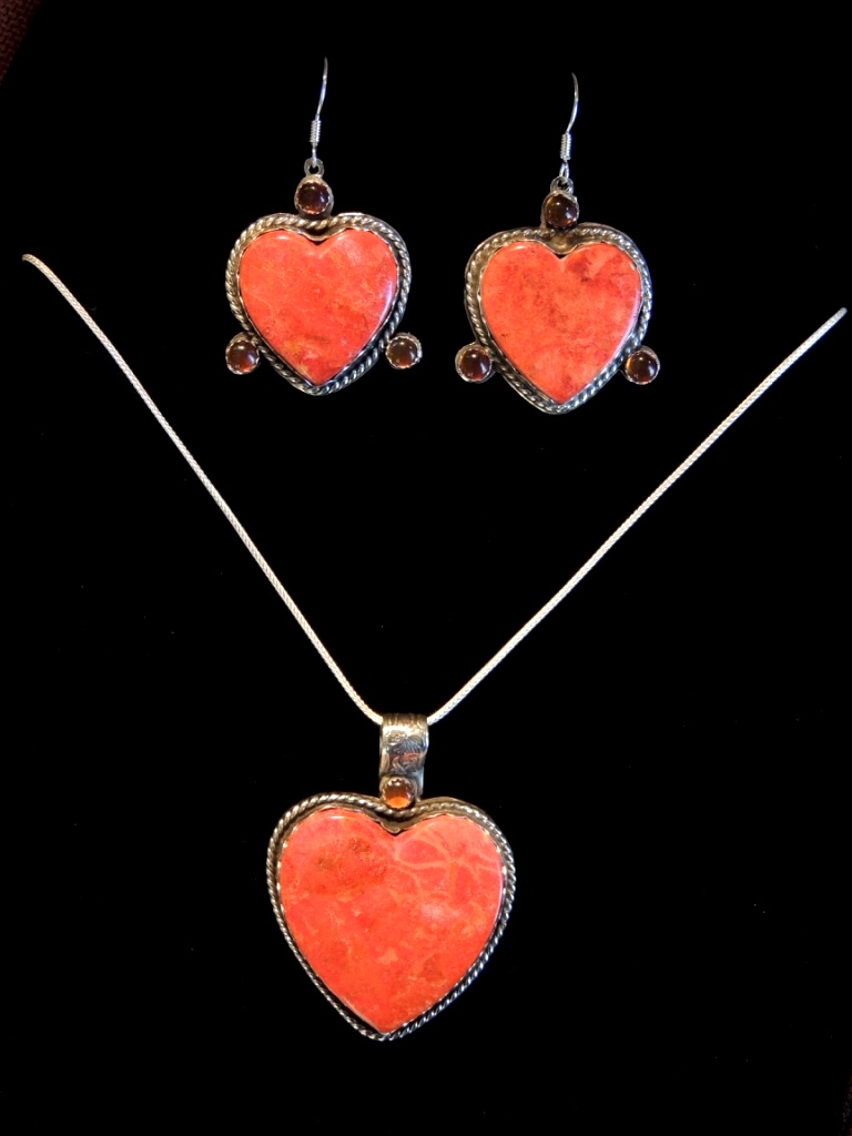 SunHearts Necklace and Earrings Set