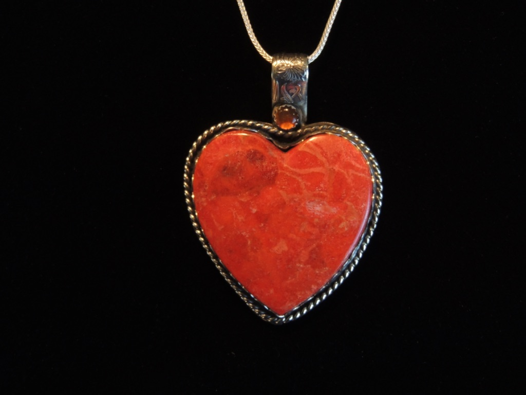 Sunlit Heart Necklace Closeup